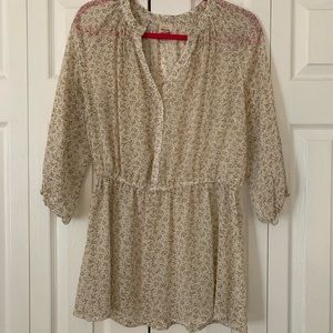 Floral tunic, 3/4 sleeve, size large